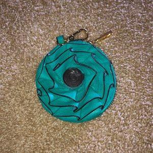 Super cute NEW zippered change purse aqua w/gold